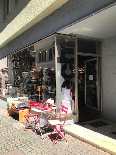 Eingang verlegt wegen Umbau bei hecht einrichtungen in Tübingen